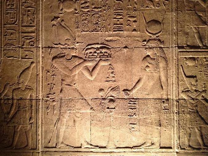 hieroglyphics-in-temple675